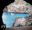 Höhle bei Cala Figuera